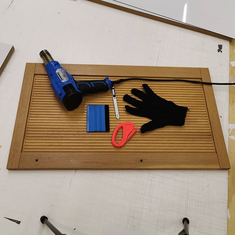 How to wrap kitchen doors with grooves 14 How to wrap kitchen doors with grooves